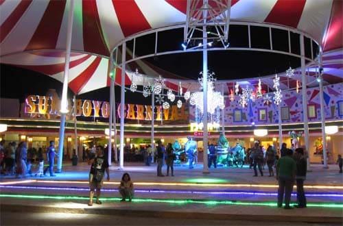 suroboyo carnival night